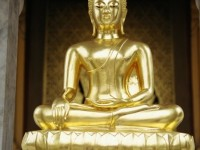 5 Essential Buddhist Books